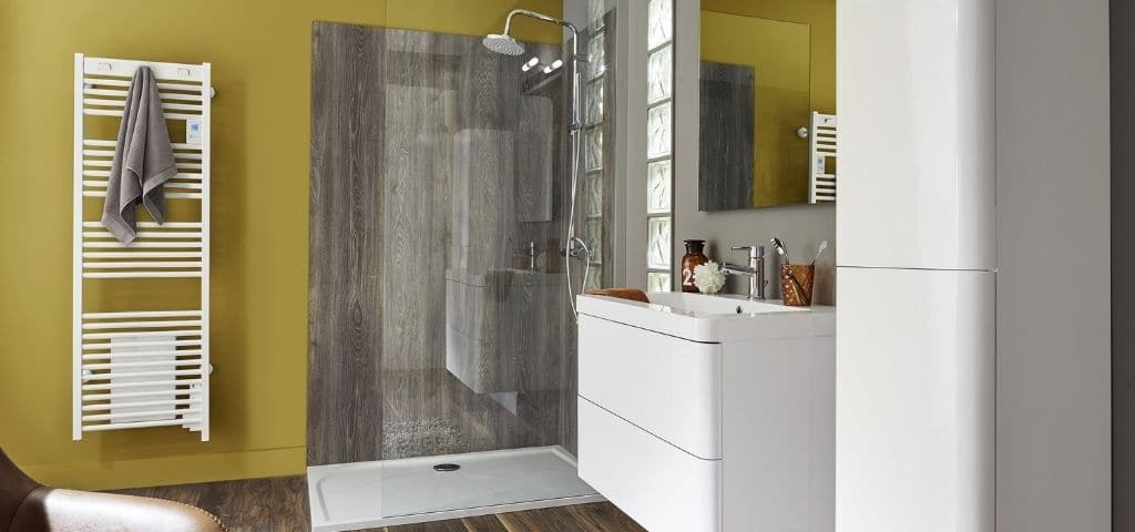 radiateur-serviette-salle-de-bain