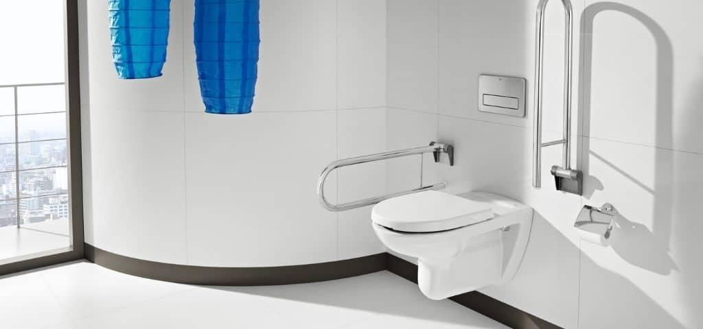 toilette salle de bain pmr